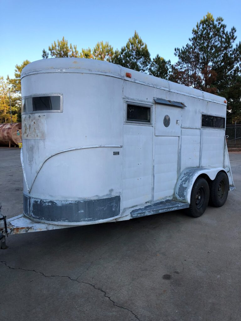 horse trailer before1